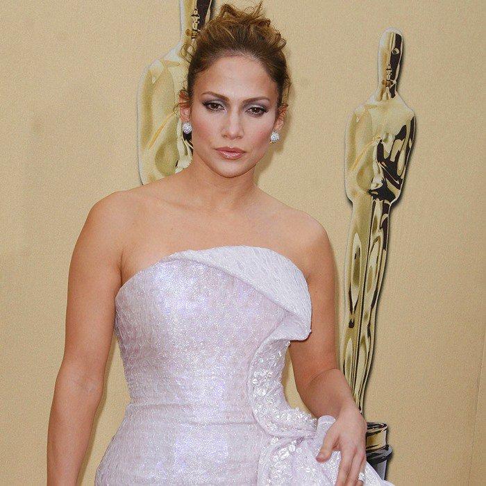 Jennifer Lopez in Giorgio Armani Privé