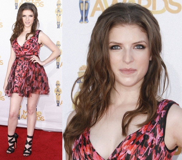 Anna Kendrick at the 2010 MTV Movie Awards in a Zac Posen dress paired with Gianvito Rossi heels