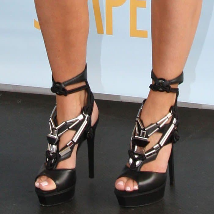 Kim Kardashian showing off her feet in Gucci 'Sigrid' high heel platform sandals