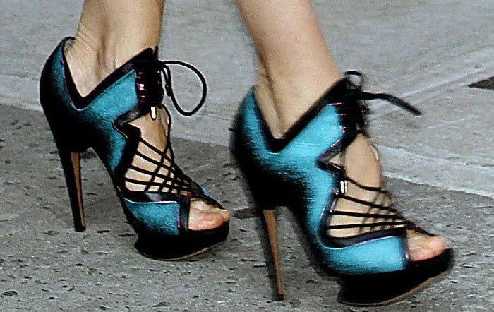 Sarah Jessica Parker'slace-up cutout booties
