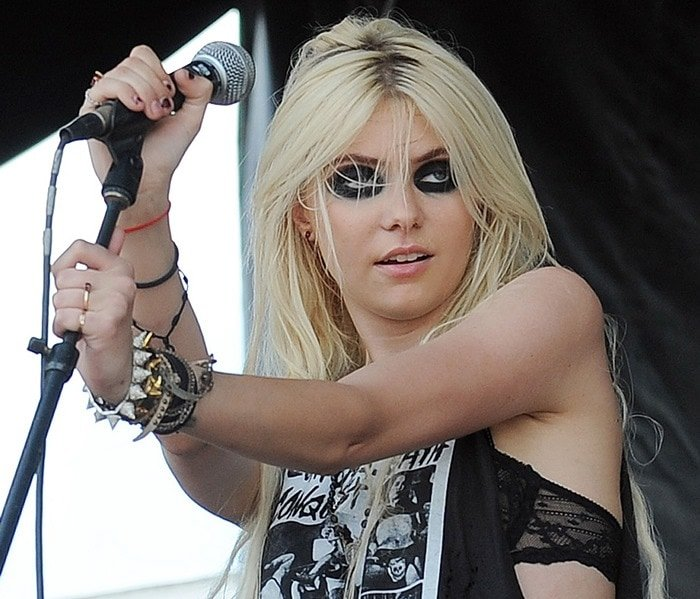 Taylor Momsen of The Pretty Reckless performing during the Vans Warped Tour