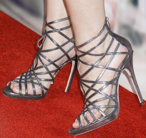Ashley Greene shows off her sexy feet inJimmy Choo Verity sandals