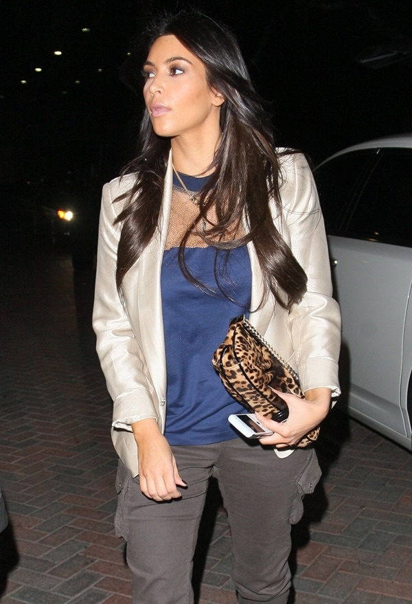Kim Kardashian goes late night Christmas shopping at Barneys New York and Burberry in Beverly Hills on December 4, 2010