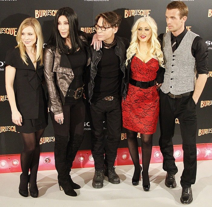 Actresses Kristen Bell, Cher, director Steven Antin, Christina Aguilera and actor Cam Gigandet photocall for the new movie 'Burlesque'