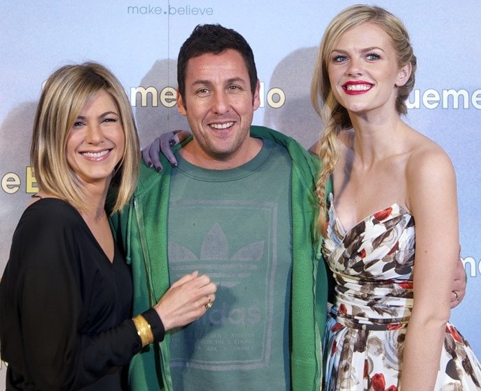 """Jennifer Aniston, Adam Sandler and Brooklyn Decker attend the premiere of their latest movie """"Just Go With It"""" held at Room Mate Oscar Hotel in Madrid on February 22, 2011"""