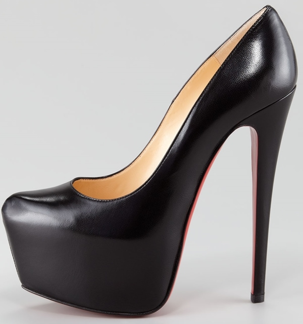 timeless design ce95c 9a24c Beyonce Knowles Is Obsessed With Christian Louboutin's ...