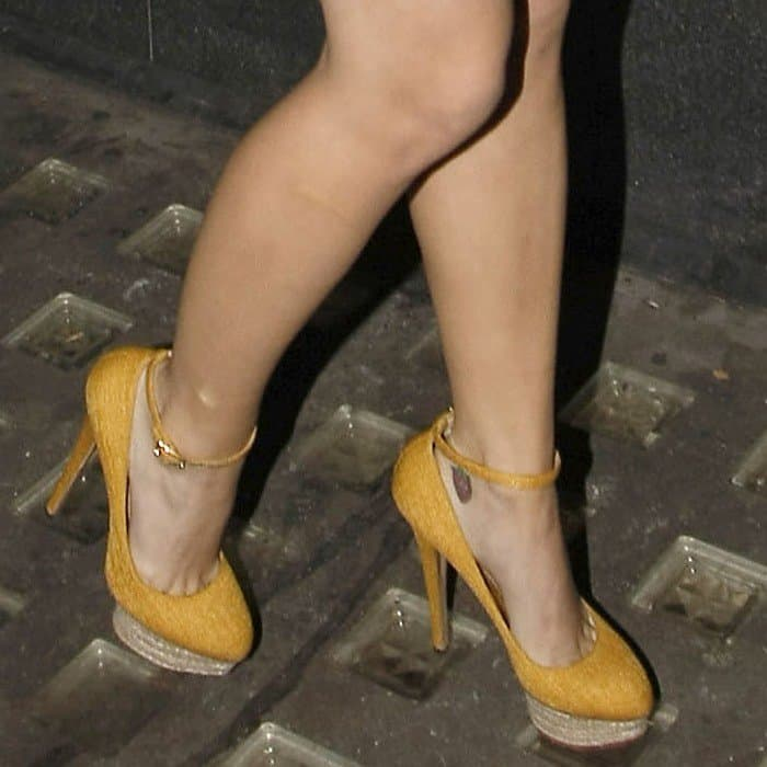 Katy Perry in Charlotte Olympia heels