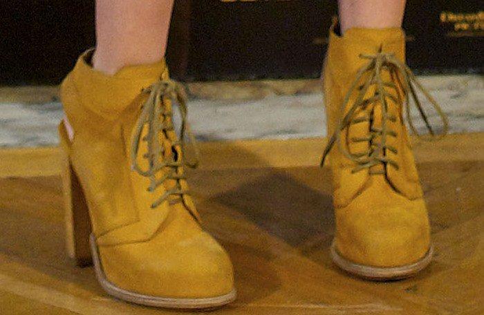 Teresa Palmer rockingAlexander Wang Dakota lace-up nubuck booties
