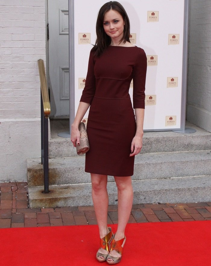 Alexis Bledel ina simple shift dress from Stella McCartney
