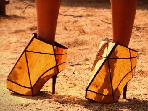 "Beyonce wears an interesting pair of Gareth Pugh Starship Enterprise heels during her ""Run the World (Girls)"" music video"