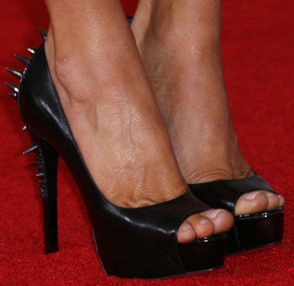 """Stacey """"Fergie"""" Ferguson wearing Ruthie Davis heels"""
