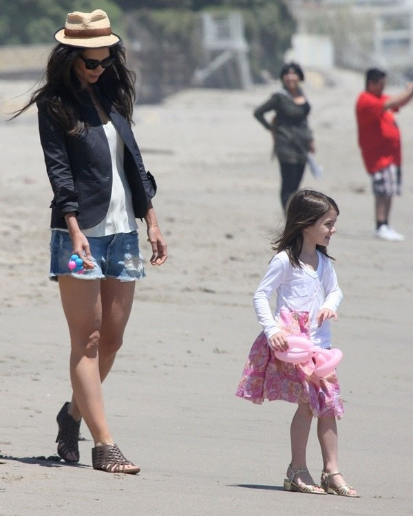 Katie Holmes and daughter Suri Cruise,
