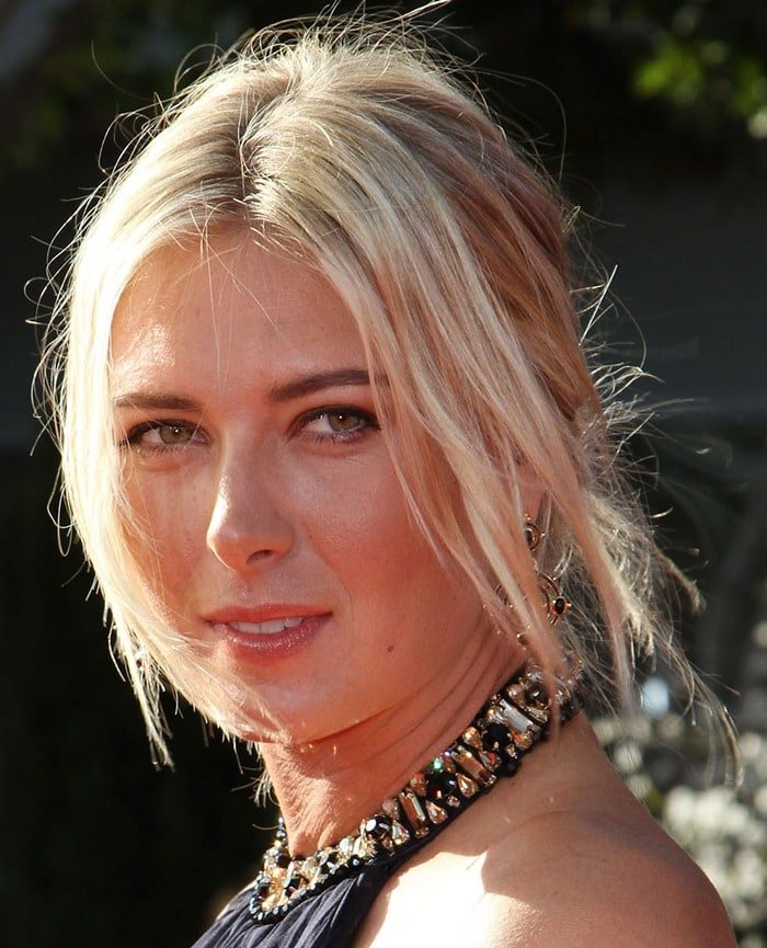 Maria Sharapova steps on the red carpet at the 2011 ESPY Awards held at Nokia Theatre L.A. Live in Los Angeles on July 13, 2011