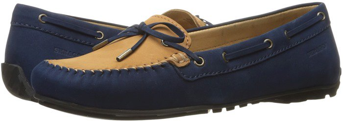 With just the right amount of polish, this refined moccasin is perfect for meeting friends for lunch or tea