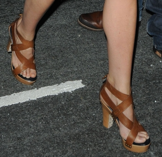 Gwyneth's criss cross babies are these Givenchy cross over leather platform sandals