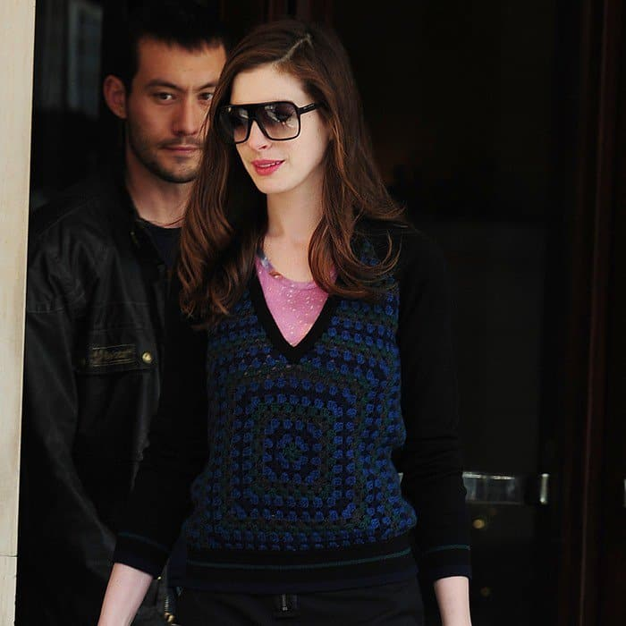 Anne kept things sweet and simple in a black and blue Christopher Kane sweater