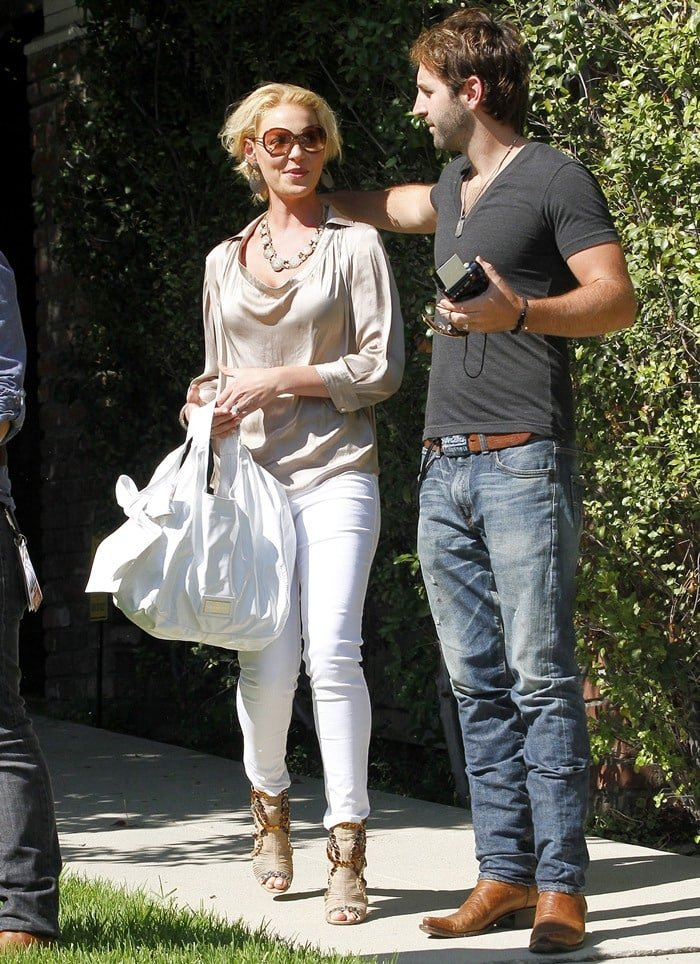 Katherine Heigl and Josh Kelley leaving a private residence to go to the Staples Center in Los Angeles on August 24, 2011