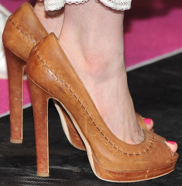 Anne Hathaway wearing Alexander McQueen shoes