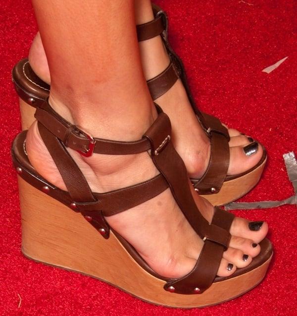 Camilla Belle's hot feet in Ralph Lauren wedge sandals