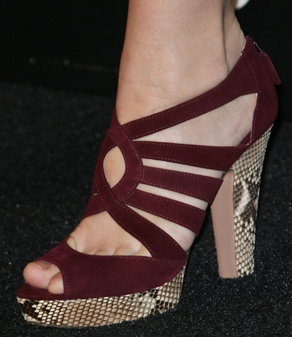 Jaime King showing off her feet in Prada sandals