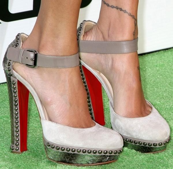 Nicole Richie wearing Christian Louboutin 'Luxura' pumps