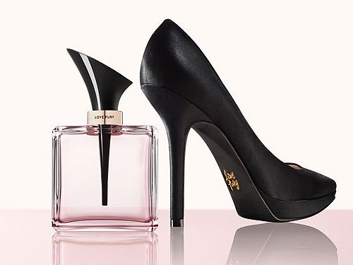 Nine West's stiletto-inspired fragrance with a matching sexy stiletto pump