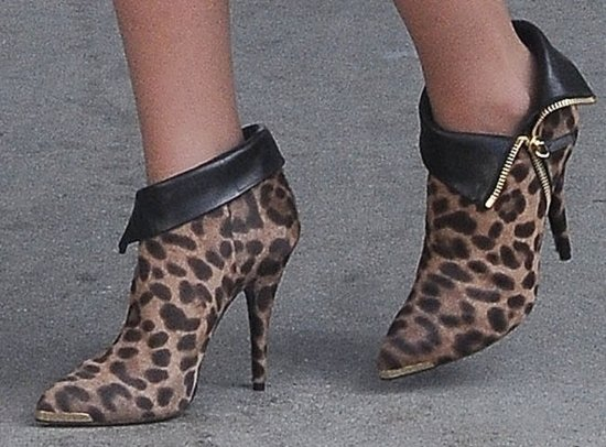 Katherine Heigl shows off the detailing on her leopard-print Tabitha Simmons booties