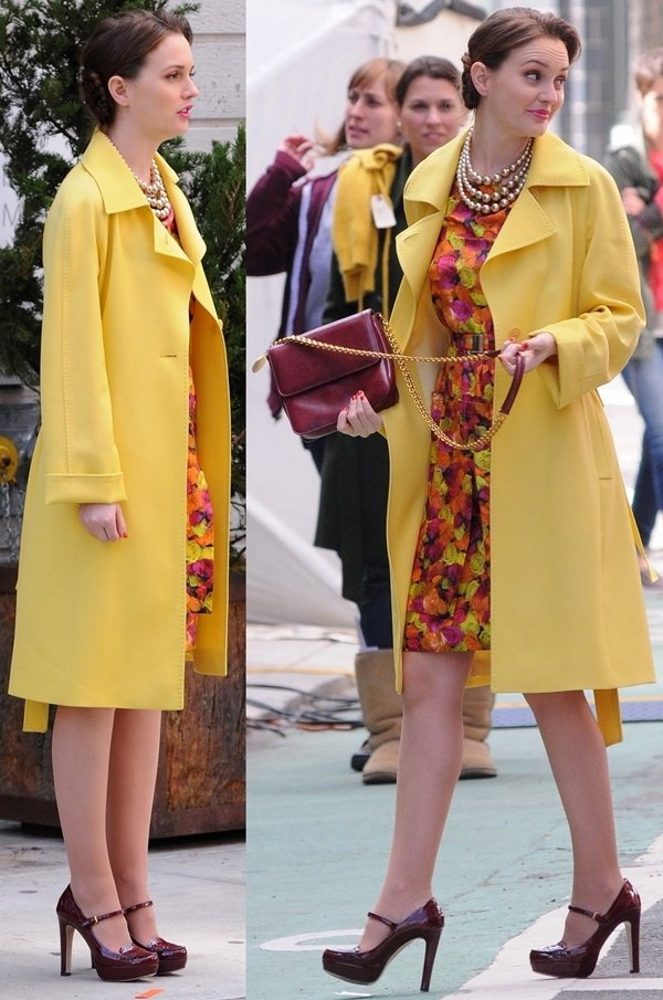 Leighton Meester wearing a Peter Som dress on the set of 'Gossip Girl' in Manhattan, March 20, 2012