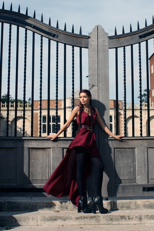 Fashion blogger Aleksandra Boyarova of Jeliza Rose