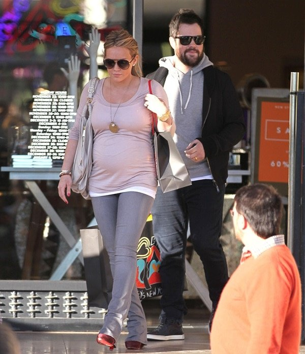 Pregnant Hilary Duff and husband Mike Comrie
