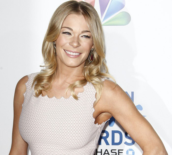 LeAnn Rimes arrives at the 1st annual American Giving Awards