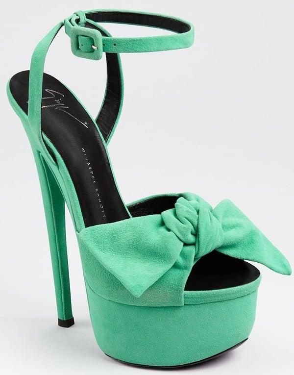 2b426df0db525 Katy Perry Rocks Giuseppe Zanotti Bow-Detail Platform Sandals
