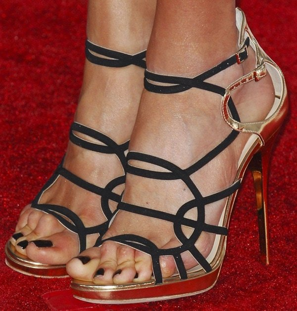 Giuliana Rancic shows off her feet in Jimmy Choo sandals