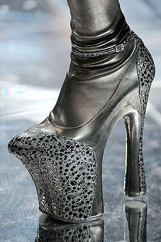 8e6612898a Highest Heels in the World - 5 Tallest Shoes of All Time