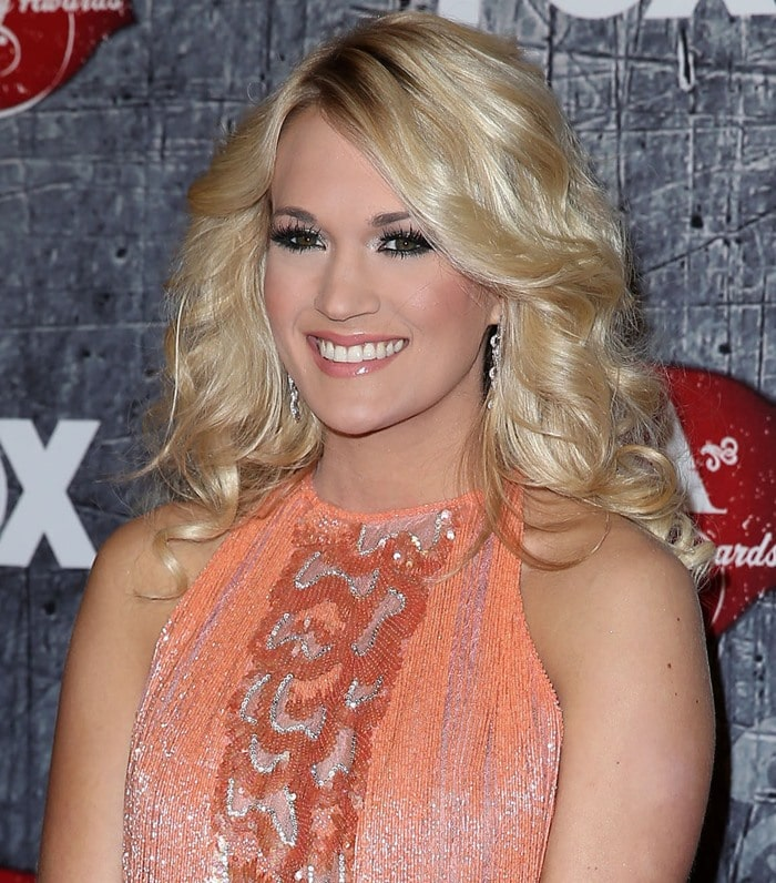 Carrie Underwood at the 2012 American Country Awards