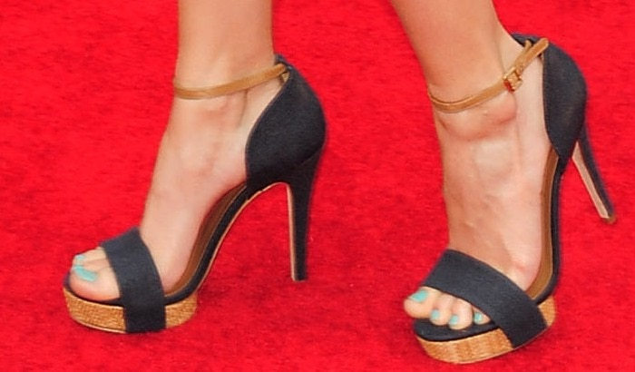 Debby Ryan shows off her feet in Tory Burch 'Amina' linen ankle strap woven platform sandals
