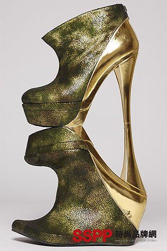 ad8d2725f46c Highest Heels in the World - 5 Tallest Shoes of All Time