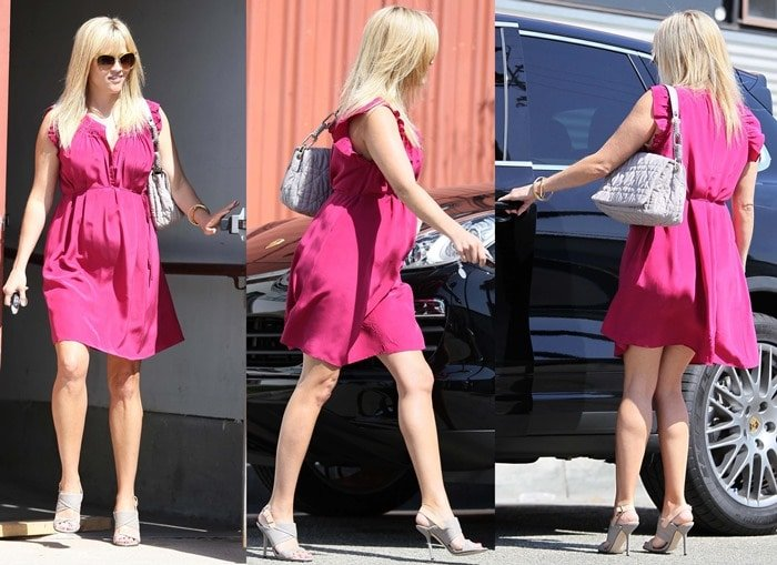 Reese Witherspoon in Pink Dress
