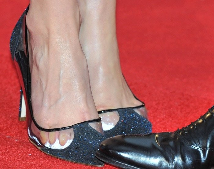 Taylor Schilling showing off her sweaty feet in Rupert Sanderson 'Prunia' pumps
