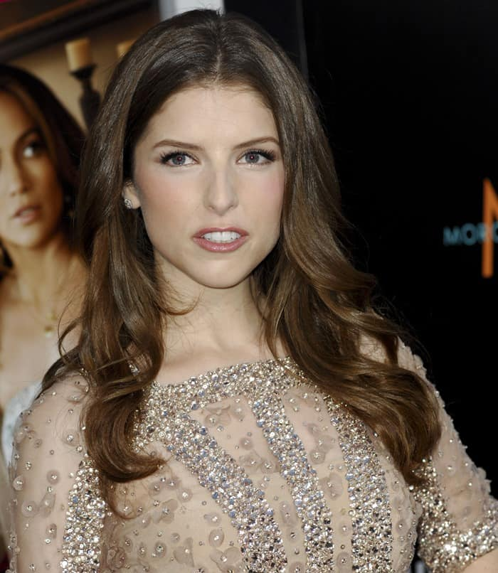 Anna Kendrick's glimmering dress by Elie Saab