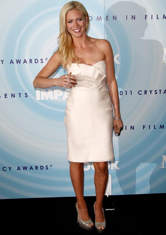 Brittany Snow Wears Manolo Blahnik Strittina T Strap Sandals