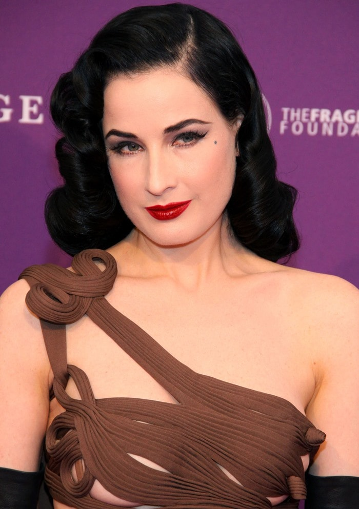 Dita Von Teese attends the Duftstars Awards 2012 at Tempodrom in Berlin on May 4, 2012