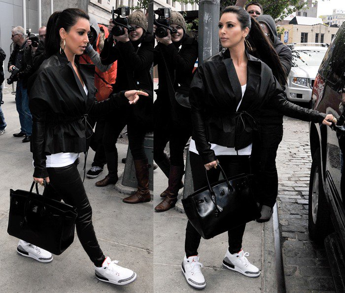 Kim Kardashian leaves the Gansevoort Hotel in NYC on April 27, 2012