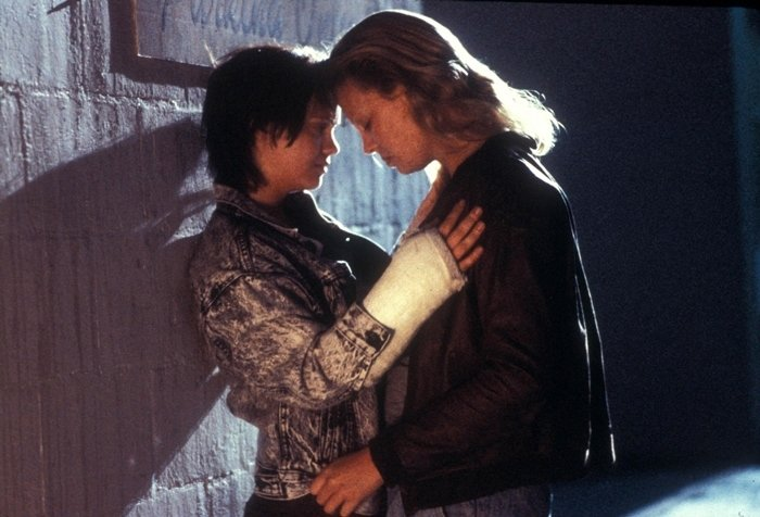 Christina Ricci (as Selby Wall) and Charlize Theron (as Aileen Wuornos) in Monster