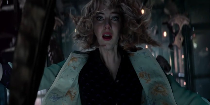 Emma Stone's character Gwendolyn Maxine Stacy dies in The Amazing Spider-Man 2 after falling from the top of a clock tower