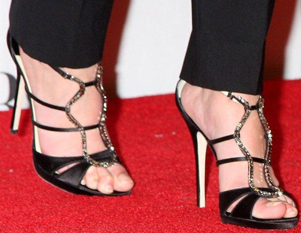 Katherine Heigl shows off her hot feet in crystal-embellished sandals
