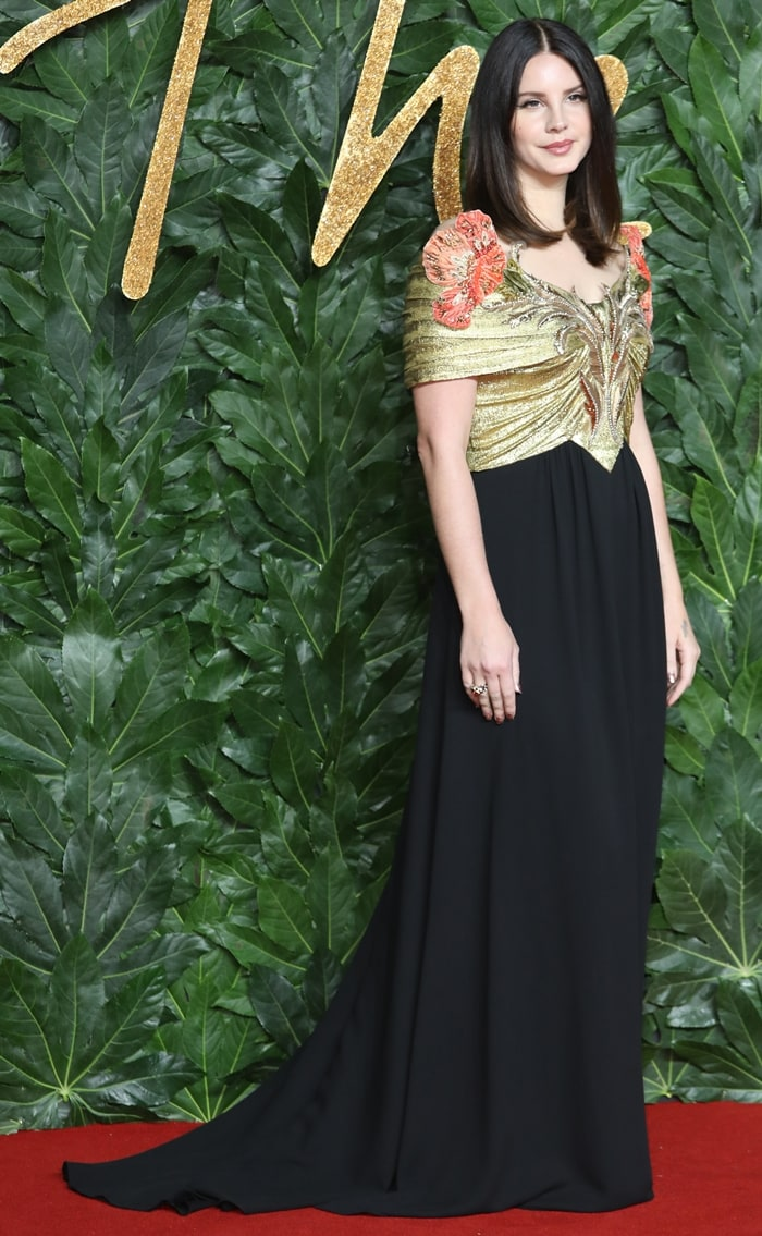 Lana Del Rey wore an embellished Gucci gown at The Fashion Awards 2018