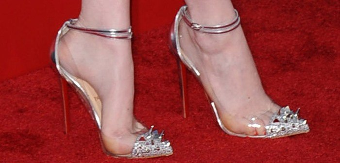 Emma Stone rockingChristian Louboutin's Just Picks pumps in silver