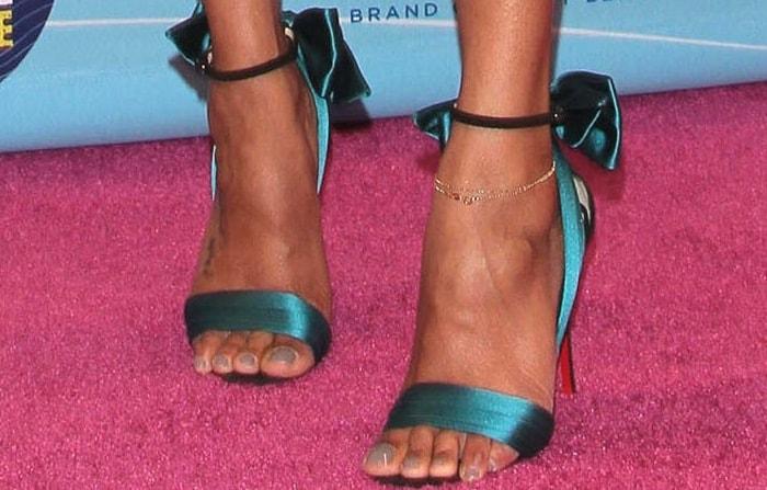 Zoe Saldana's feet in Christian Louboutin 'Vampanodo' sandals