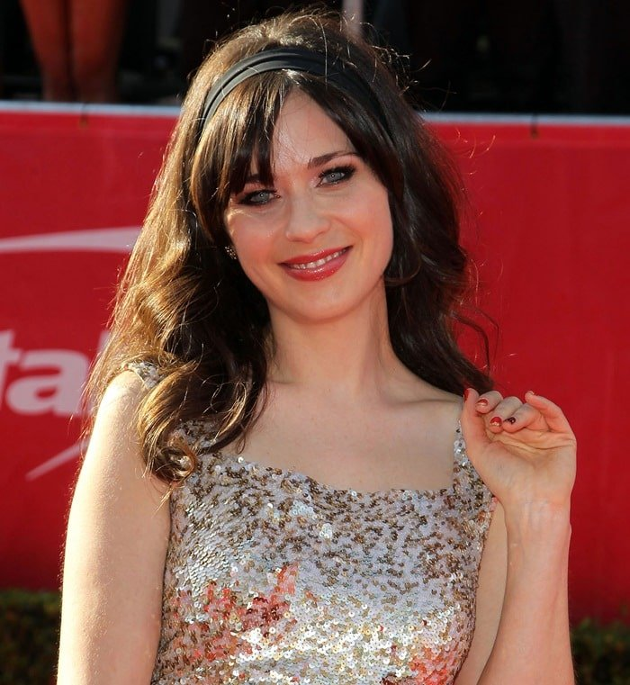 Zooey Deschanel's signature hairstyle with bangs at the 2012 ESPY Awards
